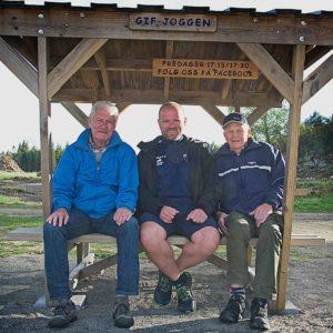 Sosial møteplass med Gif-joggen. Her FV: Harald Henriksen, Freddy Norenberg og Erik Eriksen